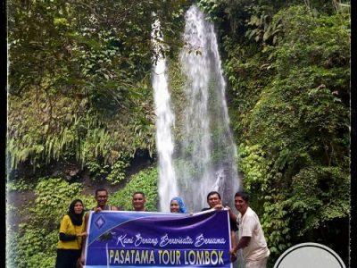 Benang Stokel waterfall Lombok tours