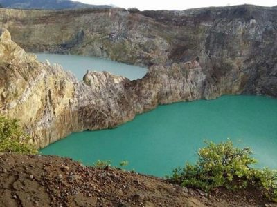 Kelimutu 3 colors lake - Holiday in Flores