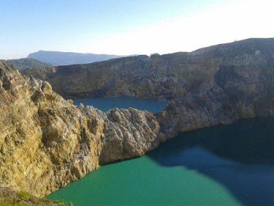 Kelimutu lake Flores island tour