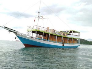 Komodo Sailing exploration