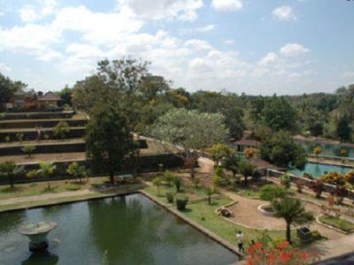 Narmada summer palace