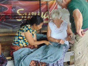 Sika weaving village flores trip